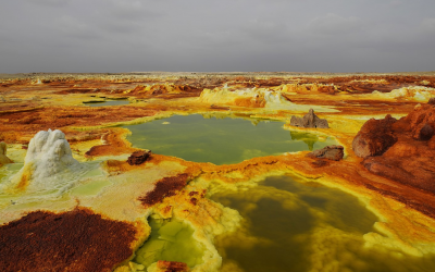 10 Colorful Places in Nature